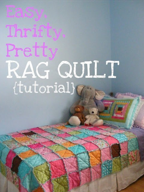 DIY Rag Quilt Tutorial - Christmas Gifts to start now.