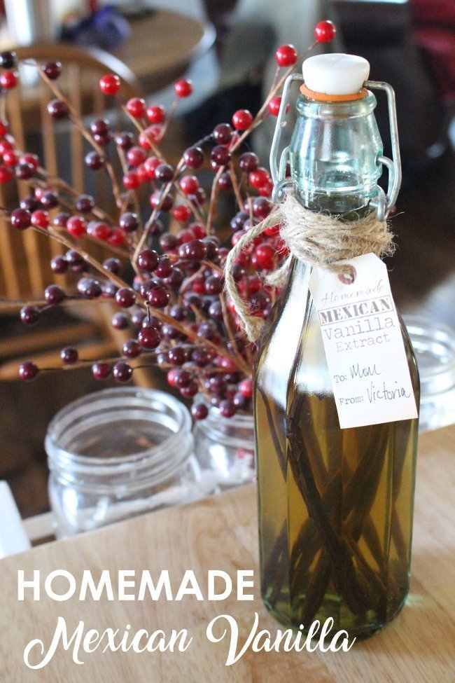 Vanilla Extract with Gift Tag