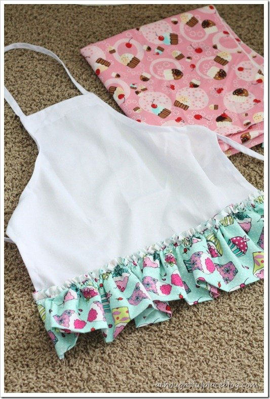 DIY no sew apron gift ideas for kids