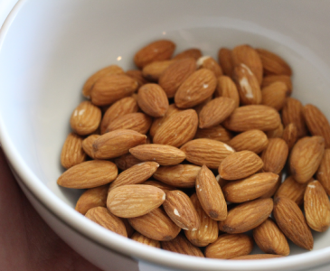How to Wash Almonds Before Use