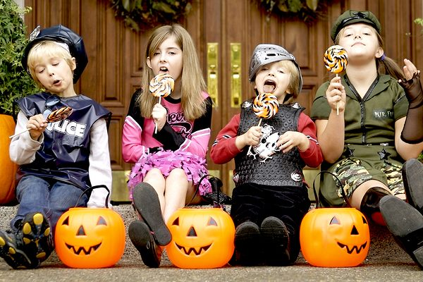 ideas for cheap halloween candy
