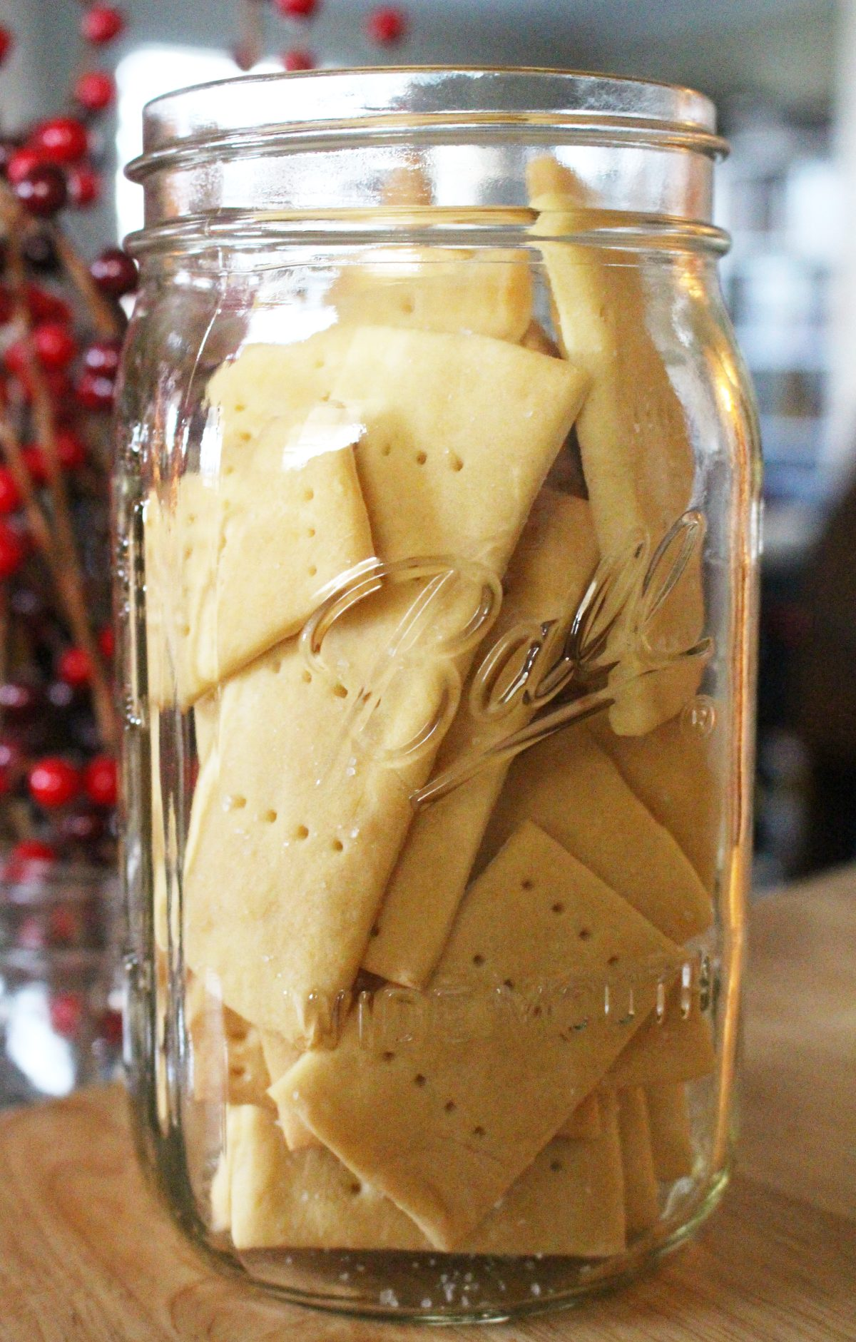 homemade einkorn club crackers in a mason jar