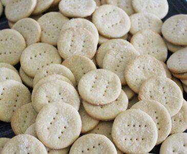Einkorn Sourdough Crackers