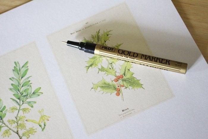 drawing gold rim around a vintage christmas image