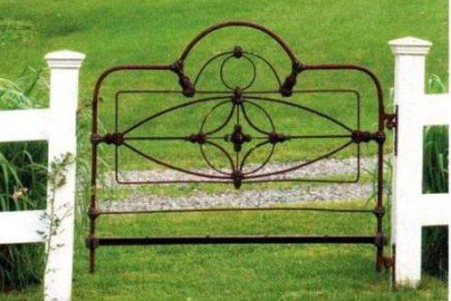 Garden Gates: 12 Ideas for the Perfect Garden Gate