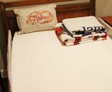 The Best Organic Mattress – Affordable, Comfortable, & Ships Directly to You!