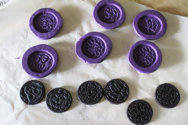 Food grade silicone putty oreo cookie molds