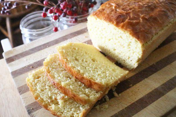 soft einkorn sandwich bread
