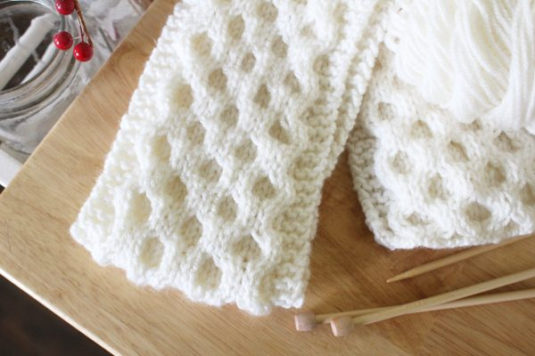 EASY Knit Projects for Beginners, Honeycomb cable knit scarf pattern