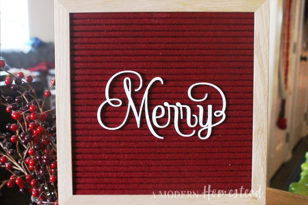 Merry alone on letter board without swirls