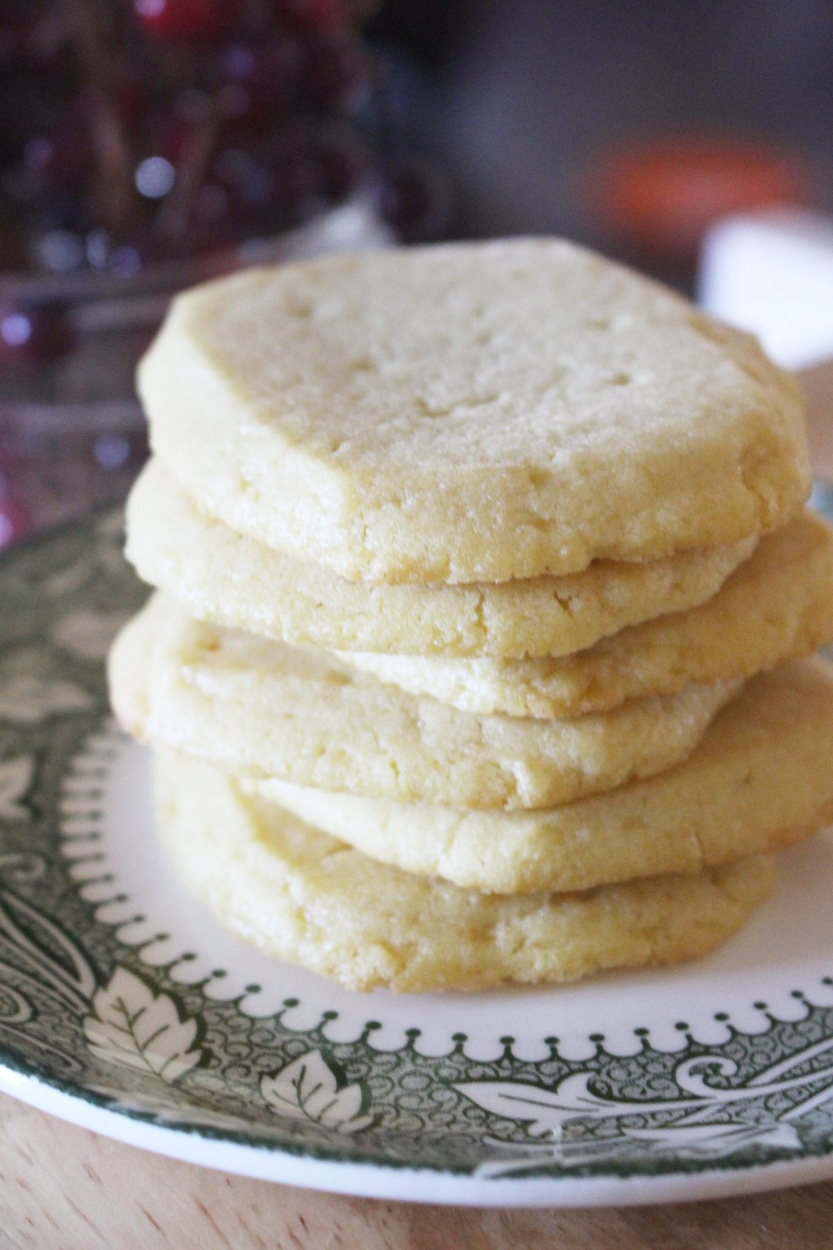 einkorn shortbread cookies on a plate