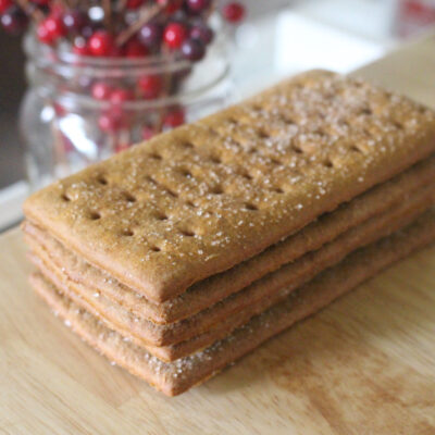 Einkorn cinnamon graham crackers in a stack